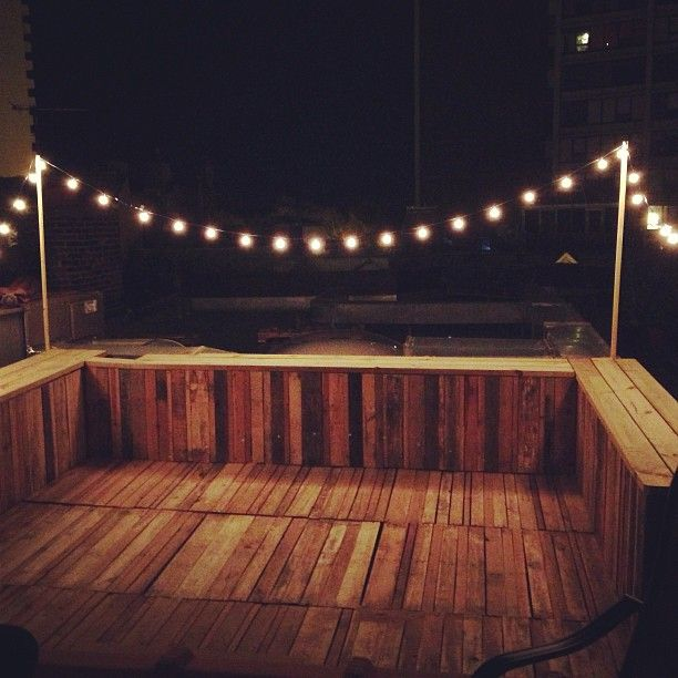 Rooftop deck made with pallets.