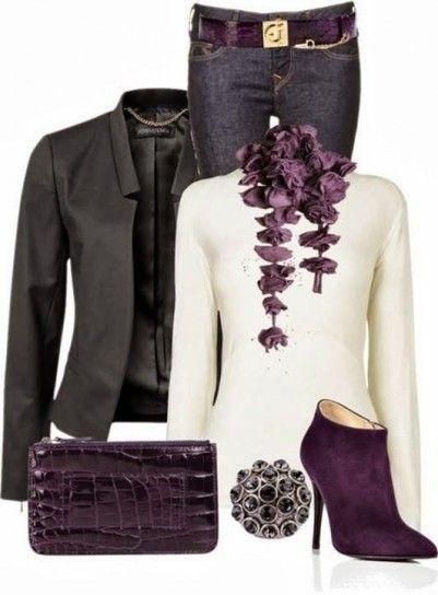 Look con accessori color prugna