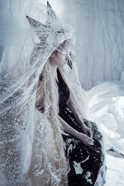 17 best images about story the snow queen on pinterest. Black Bedroom Furniture Sets. Home Design Ideas