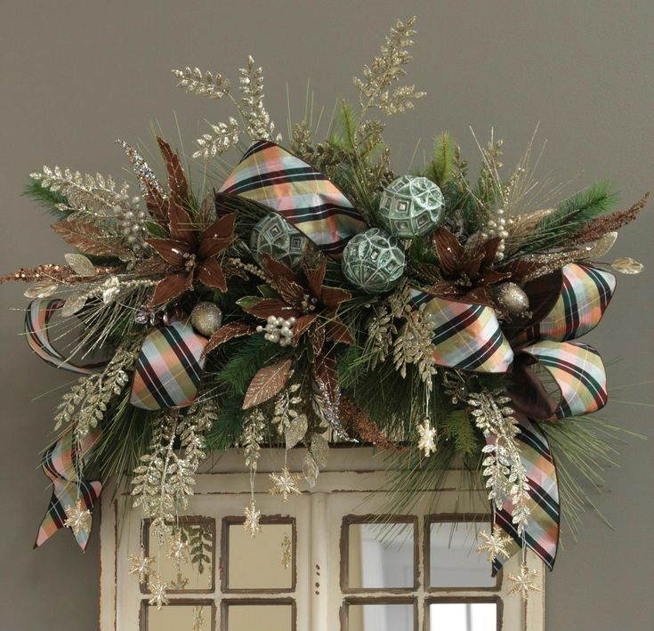 Christmas Door Frame Decorations: 1000+ Images About Christmas Swags And Arches On Pinterest
