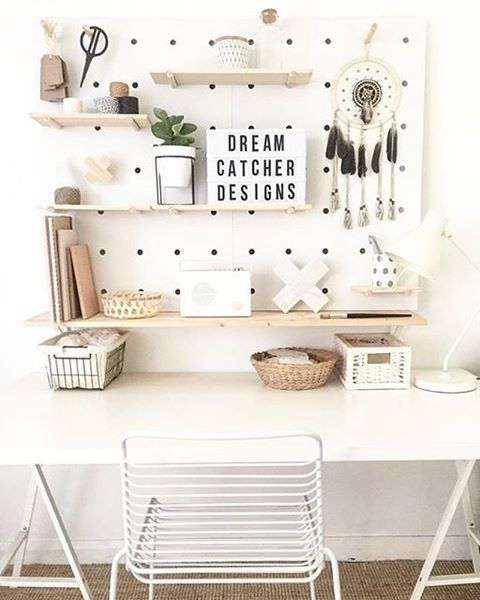 Pegboard workspace idea from @jessi_dreamcatcher_designs in Australia | @workspacegoals