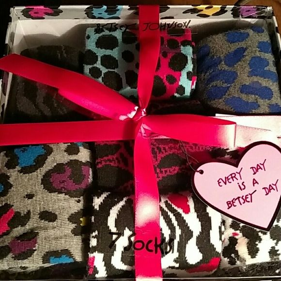 THE CUTEST BETSY JOHNSON SOCKS X 7 Bright colorful animal print socks!  7 perfect pair! Betsey Johnson Accessories Hosiery & Socks