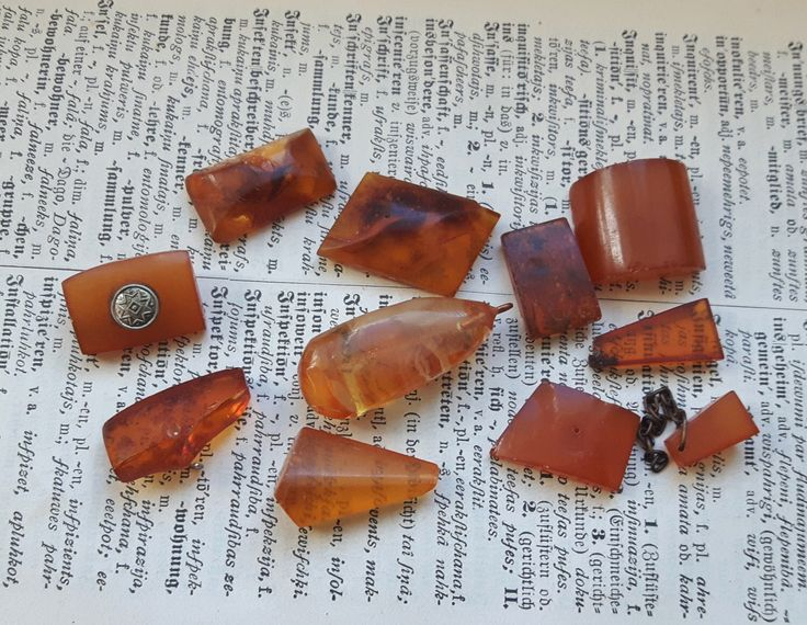 Vintage Pressed Baltic amber, old genuine amber jewelry parts, vintage amber 24g/0.85oz by Oldchest on Etsy https://www.etsy.com/listing/399066135/vintage-pressed-baltic-amber-old-genuine