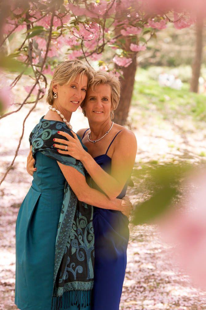 e6e51467e1442d948c0ed2cdd917d270--lesbian-wedding-marriage-equality.jpg