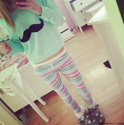 I love these leggings and you? For this mint sweater fit perfectly; * #fashion #blouse #leggings