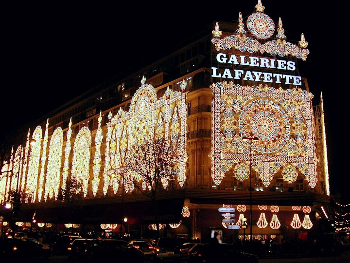 Galeries Lafayette..shopping in Paris