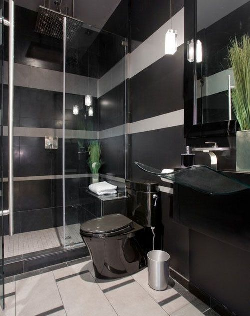 Современная черная ванная комната. #черная_ванная_комната #дизайн_ванной_комнаты #современная_ванная_комната #черная_мебель #черный_унитаз #стеклянная_раковина