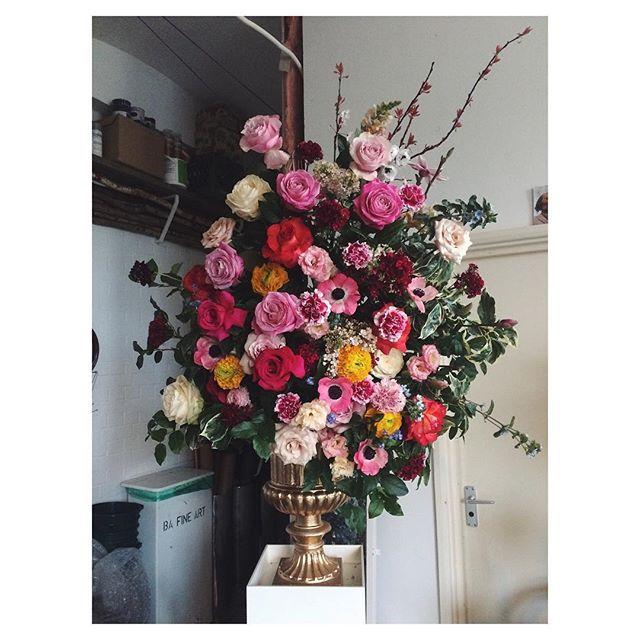 Two of these big ones going out today for a lolsy tv programme.  #goodtaste #bbc #shakespeare #floralstyling #londonflorist #florist #stilllife #palaisflowers #onset #backtomyoldjob #mytinyatlas #studio #needsatidy #tomorrow #fotd #flowerstagram