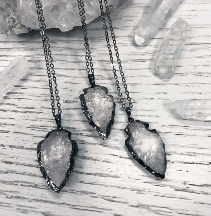 Clear crystal quartz necklace. Arrow shaped. Occult and magical jewellery from Hellaholic - quartz, amethyst and other healing stones.