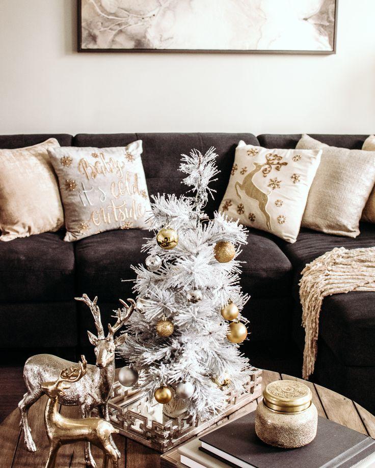 Living Room Christmas Decor Miniature Christmas T Christmas Coffee Table Decor Christmas Decorations For The Home Christmas Decorations Living Room