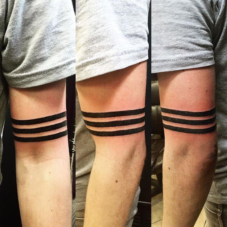 armband tattoo oberarm