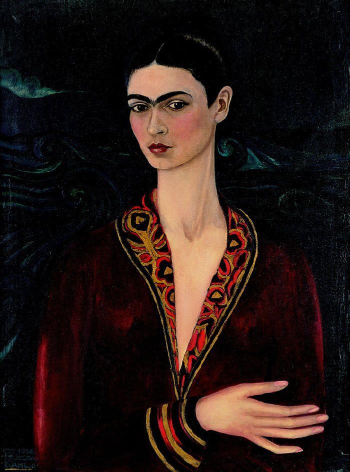 FRIDA KAHLO  1926  Autorretrato con traje de terciopelo  79,7 x 59,9 cm