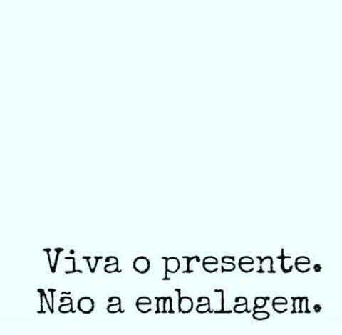 """7 curtidas, 1 comentários - Dona G (@retalhos1969) no Instagram: """"*** Viva o presente, não a embalagem. #presente #simplicidade #superficialidade #genteprofunda…"""""""