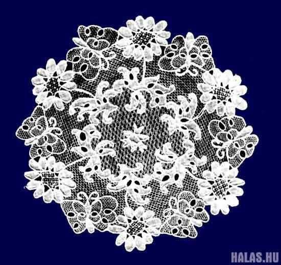 """Hungarian lace: """"Halasi"""" - Kiskunhalas, Hungary"""
