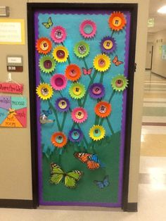 Spring door decoration. Made using plastic bowls and cupcake liners.