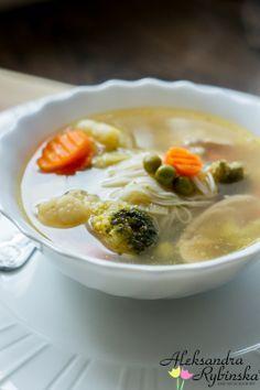 """Przepisy Aleksandry: """"ANGIELSKI ROSÓŁ"""", czyli gotujemy zupę kiedy w sklepach pustki"""