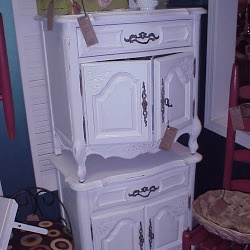 White Night Stands By Stanley Furniture