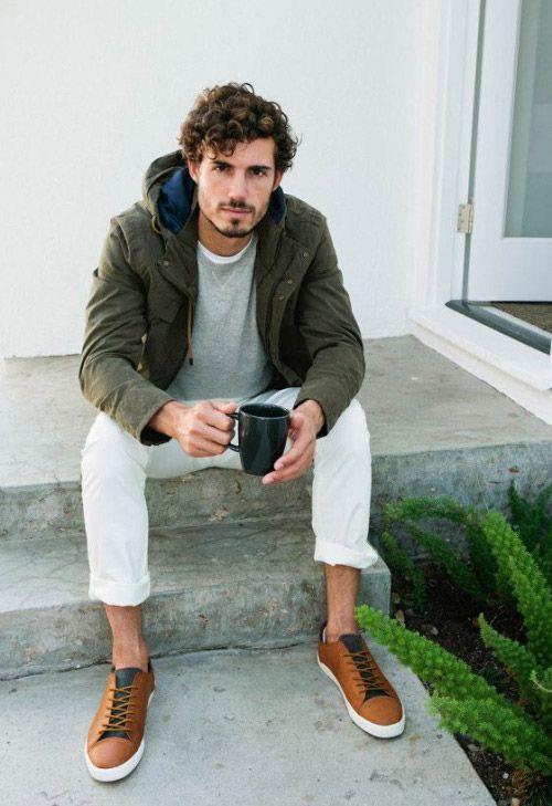 カーキフィールドジャケット×白パンツ | メンズファッションスナップ フリーク | 着こなしNo:99622