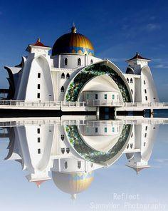 """Masjid Selat Melaka """"The Floating Mosque"""" Malaysia"""