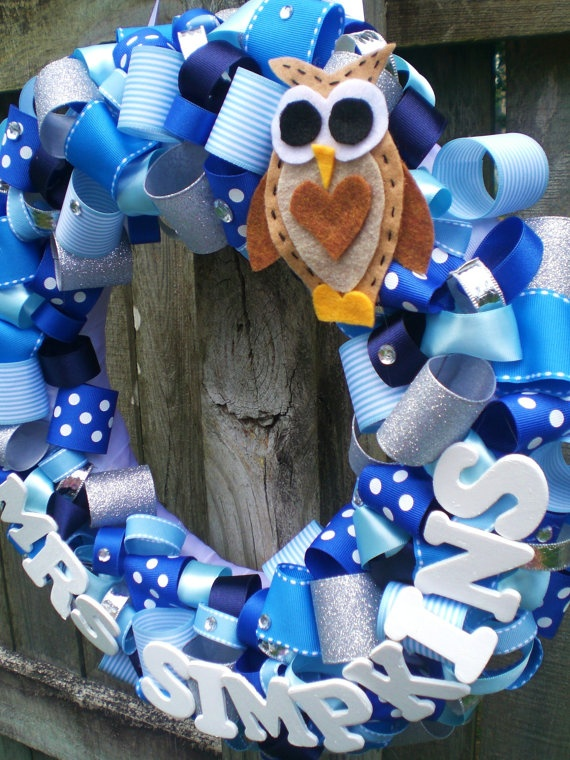 Classroom Mascot Ideas ~ Blue silver and white ribbon wreath with cute hand