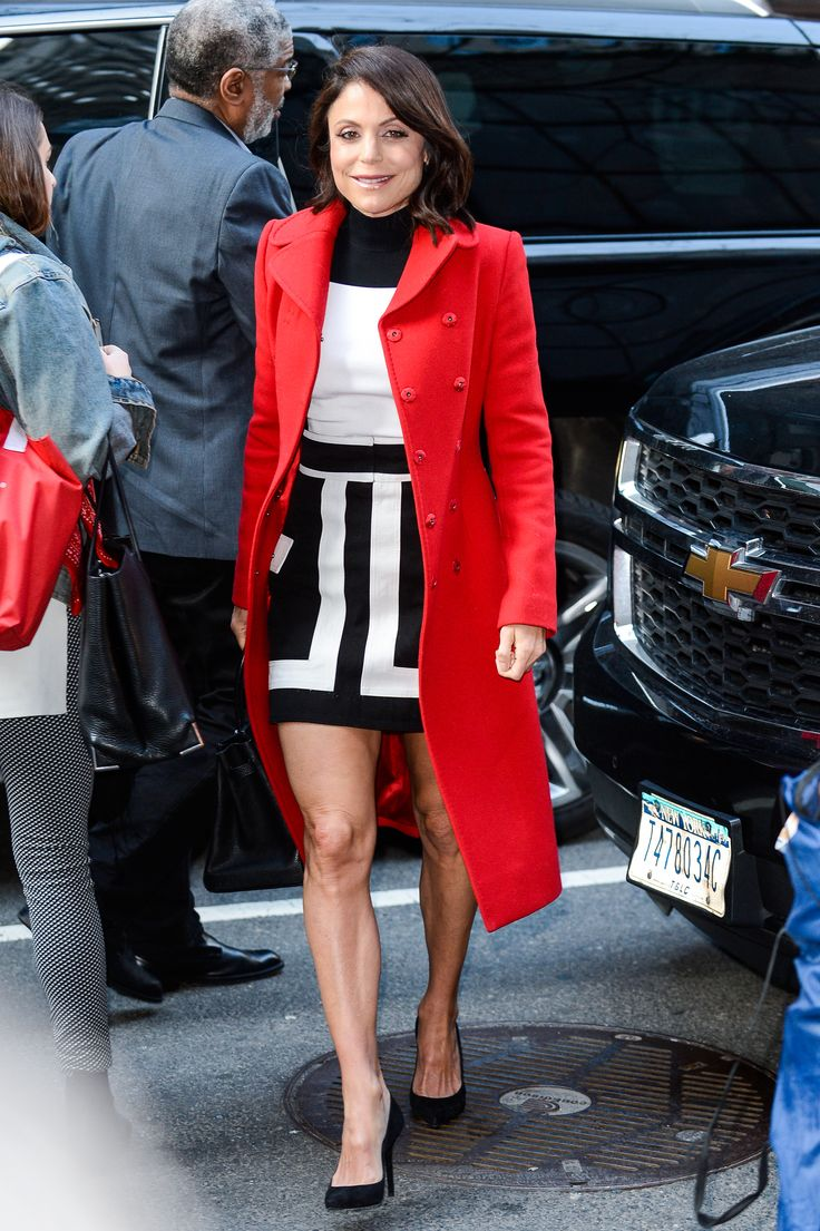 'Real Housewives of New York' star Bethenny Frankel shows off her toned legs in a mini dress while arriving for a 'Today' show interview. (Photo by Ray Tamarra/GC Images) via @AOL_Lifestyle Read more: https://www.aol.com/article/entertainment/2017/04/06/katie-holmes-suri-cruise-mother-daughter-date/22028973/?a_dgi=aolshare_pinterest#fullscreen