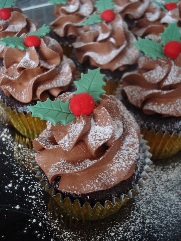 Chocolate Yule cupcake   by Angelina Cupcake