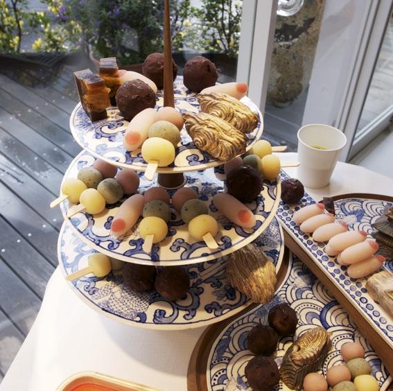odango: Fine Food, Food Recipes, Desserts Recipes, Asian Food, Japan Recipes, Japanese Sweet, Japan Food, Japanese Recipes, Stacking Plates