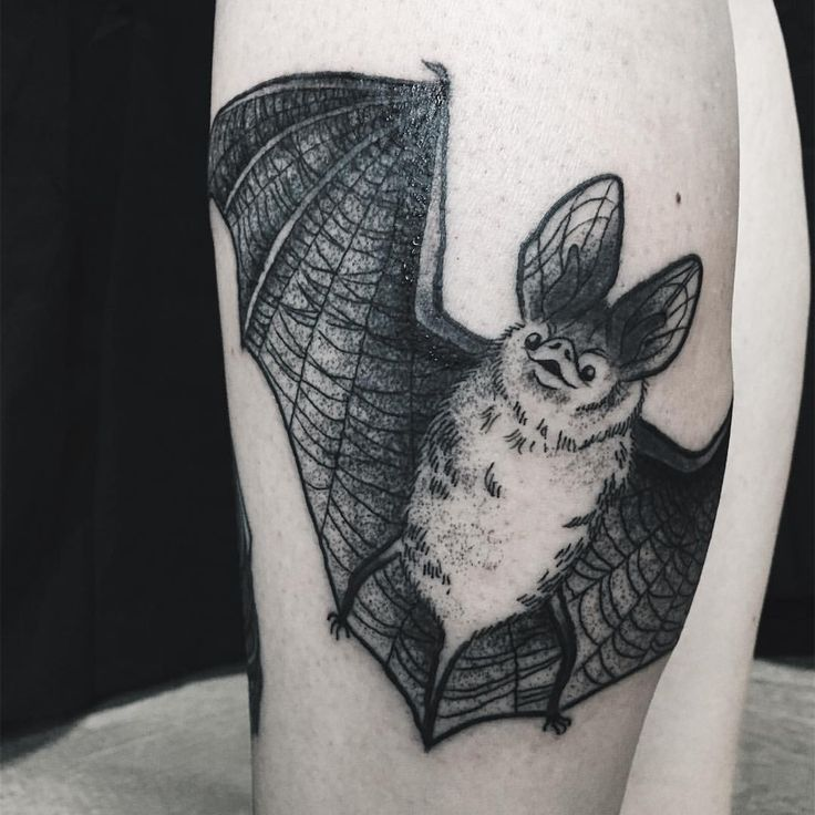 17 best ideas about bat tattoos on pinterest goth tattoo vampire tattoo and tattoo drawings. Black Bedroom Furniture Sets. Home Design Ideas