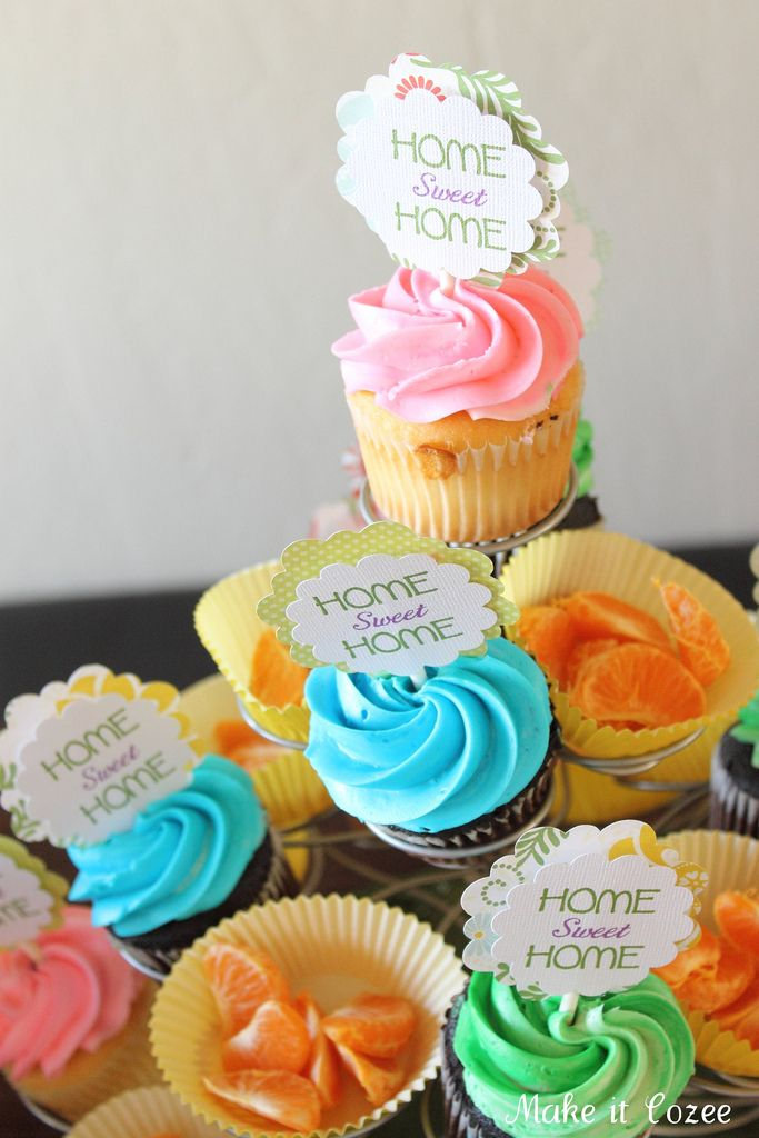 housewarming party treats - home sweet home cupcakes!! @Alexandra Molina, make me these!