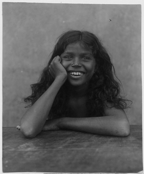 Circa 1914, India. Photographer Unknown. S)