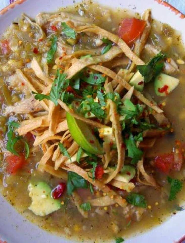 Roasted Green Chile Chicken Tortilla Soup (Chicken Ideas Green Chilis)