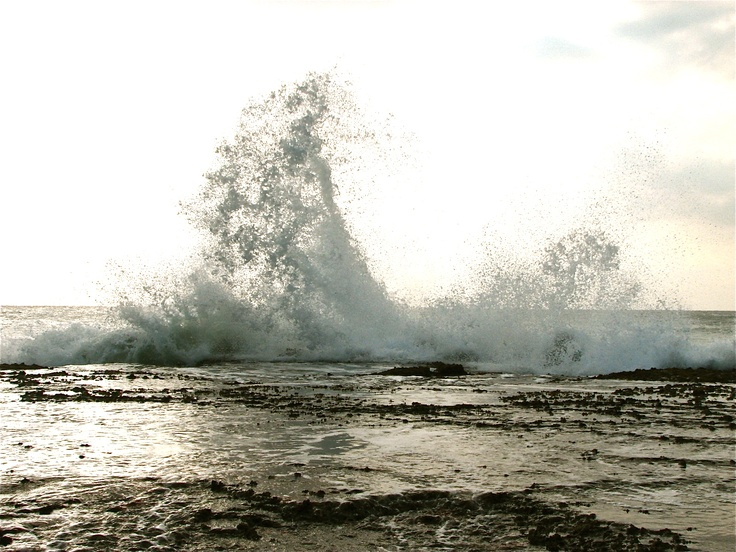 waves in mozambigque