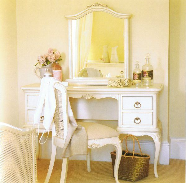 25+ Best Ideas About Ivory Bedroom On Pinterest