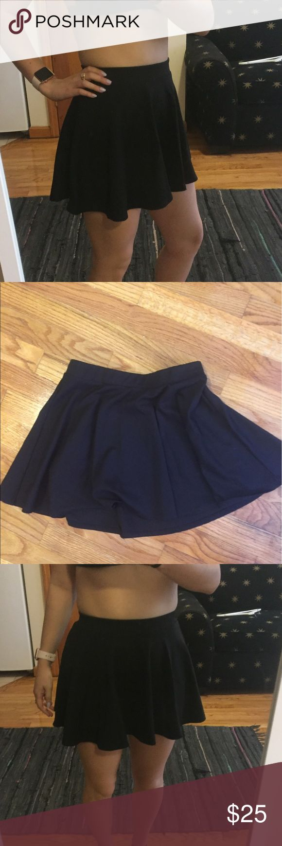 Black circle skirt Black circle skirt from a boutique. Perfect for summer and great for nights out or dressed down for weekdays.  Size M but fits small perfect (as pictured above on a size S). Light cotton material. AA for exposure American Apparel Skirts Circle & Skater