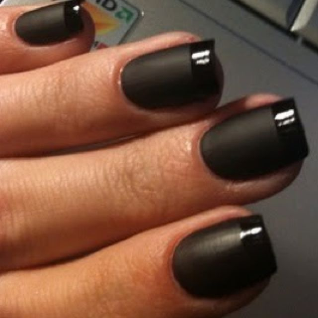 We love this striking and dramatic matte black french manicure trend. mattenails