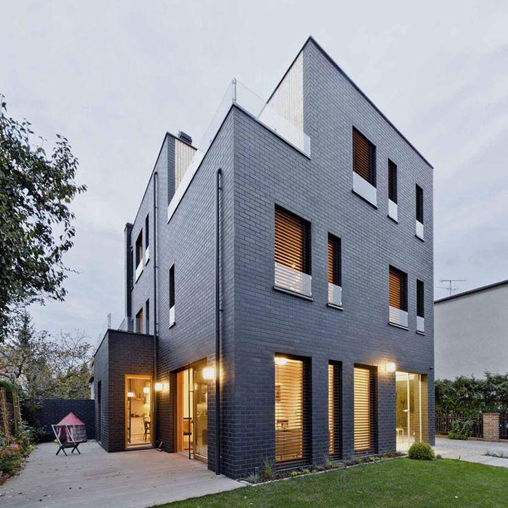 Lovely Dom Z Czarnej Cegły W Poznaniu Images