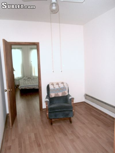 Rental In Maspeth Queens 2 Br 1 Bath 2200 Month Four Rooms First Floor A Quiet Safe Neighborhood Private House Newly And