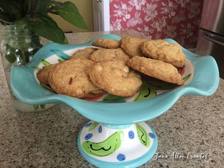 Take your taste buds on a tropical vacation with these delicious cookies made of white chocolate, macadamia nuts and coconut. The recipe is from the Magnolia Bakery cookbook. I tried all of the c…