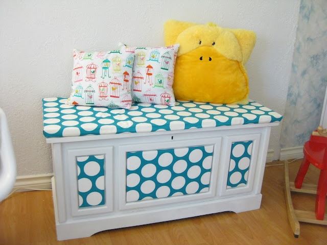 @ Margie Hutchins we could make a cushion to go on top for the girls so they could sit and read on it!