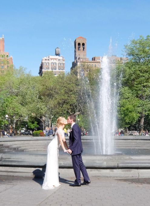 前回の続きで、新緑の美しいワシントン・スクエア・パークから。噴水広場で、五月晴れのスカッとした青空と大きな噴水の白い水柱のコントラストが、まるで映画のワン...