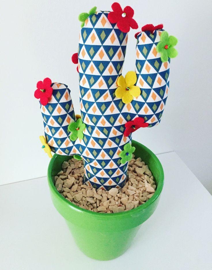 Cactus mexicain en tissu motif graphique : Accessoires de maison par bazaracaro