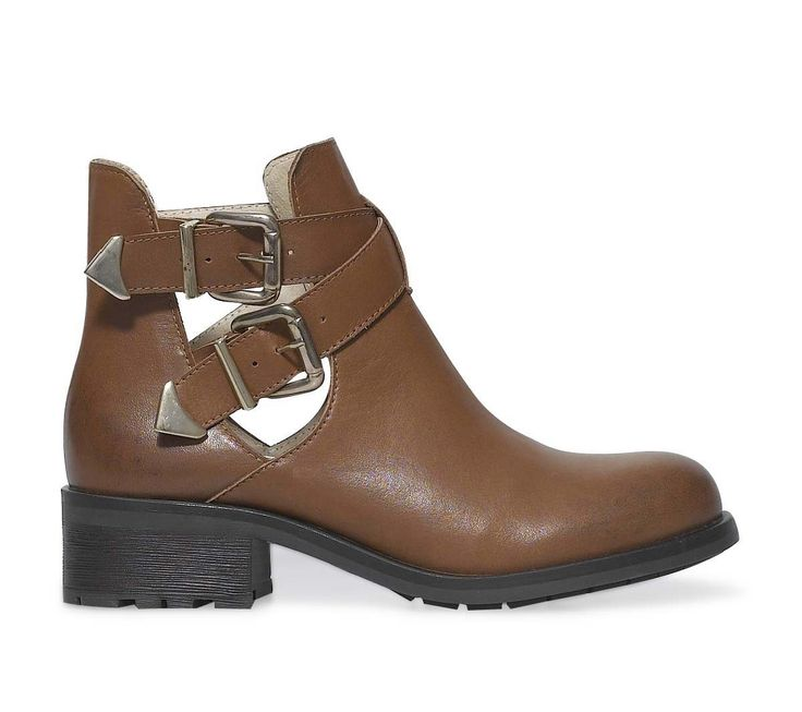cut out boots camel