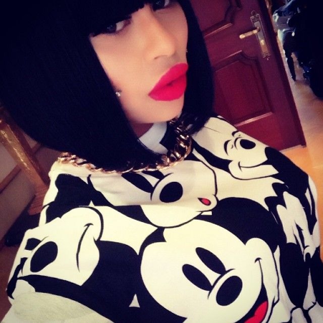 @queenpee chunky gold chain x Mickey ...... - @blacchyna- #webstagram