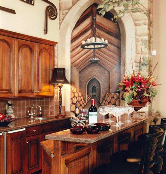 Estas paredes amplían visualmente un ambiente y logran disimular un espacio vacío. En esta cocina se ha creado una puerta a una bodega inexistente. No es muy apto para estilos muy modernos, pero es perfecto para ambientes nórdicos, clásicos o toscanos