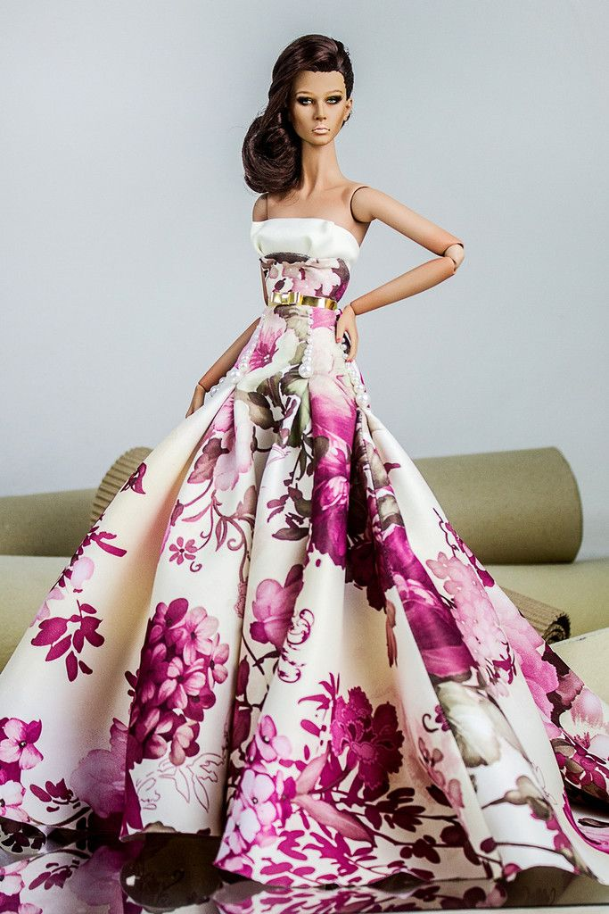 Barbie actress style dresses
