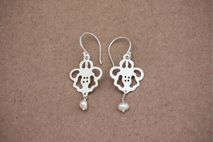 Silver Lace Patterned Earrings with Pearls by Jam Jewellery