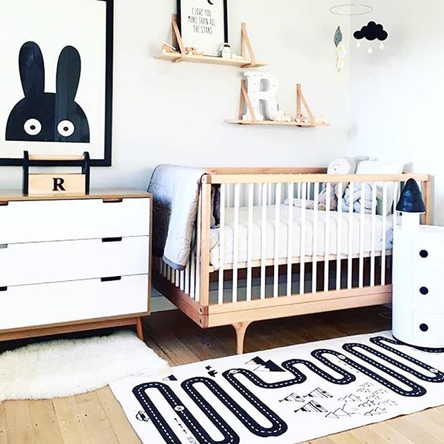 Beautiful minimalistic nursery, with the Miniwilla poster anf the Oyoy mat…