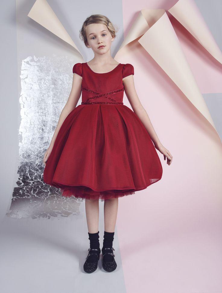 MONNALISA COUTURE Fall Winter 2016 #Monnalisa #Couture #fashion #kids #childrenswear #newcollection #girls #style #limitededition #atelier #hautecouture