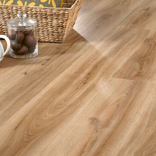 English Oak 24870 Waterproof Floor Panel (4.5mm x 191mm x 1.3m x 7 | Clever Click)  Wood effect flooring ideal for waterproof flooring in bathrooms and kitchens.
