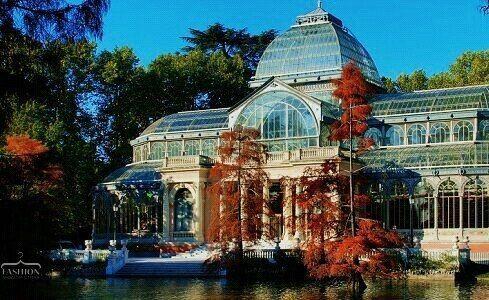 Хрустальный дворец, Мадрид http://artlabirint.ru/xrustalnyj-dvorec-madrid/  Хрустальный дворец, Мадрид.Сказочный! {{AutoHashTags}}